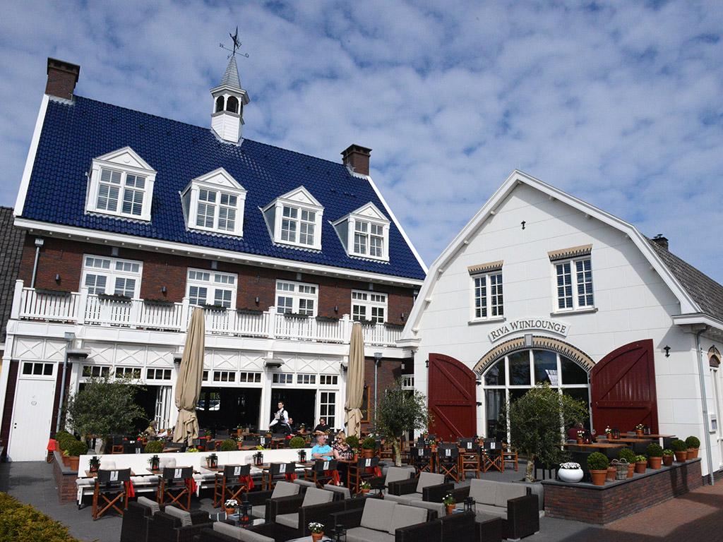 Fletcher Hotel Huizen : Dutch oriented restaurant in huizen